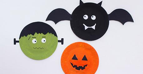 Decoraciones de Halloween con platos