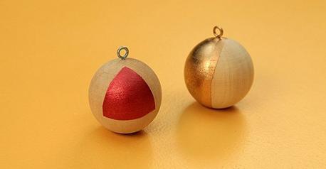 Pelotitas colgantes navideñas